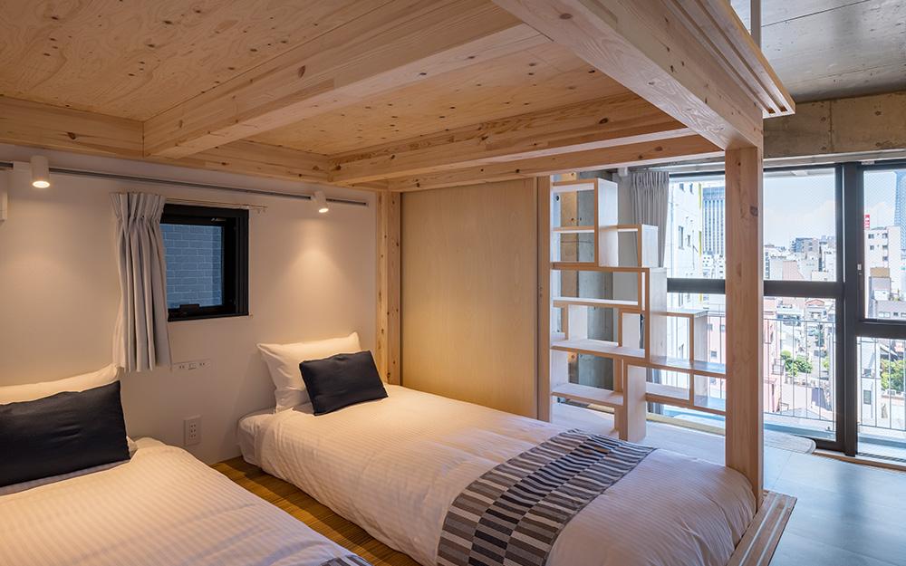 dots. tokyoのファミリースイートルームの下段ベッドスペース